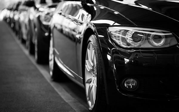 ซื้อรถคันแรก รุ่นไหนดี